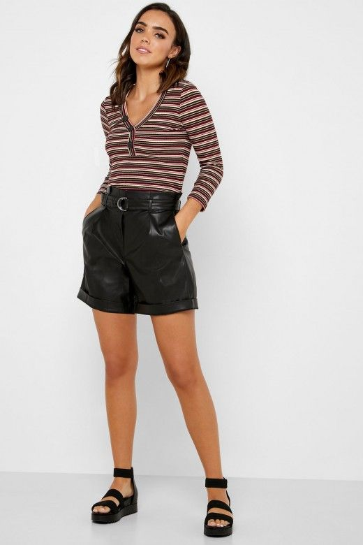 Shorts Mulher HELENA Faux Leather ONLY